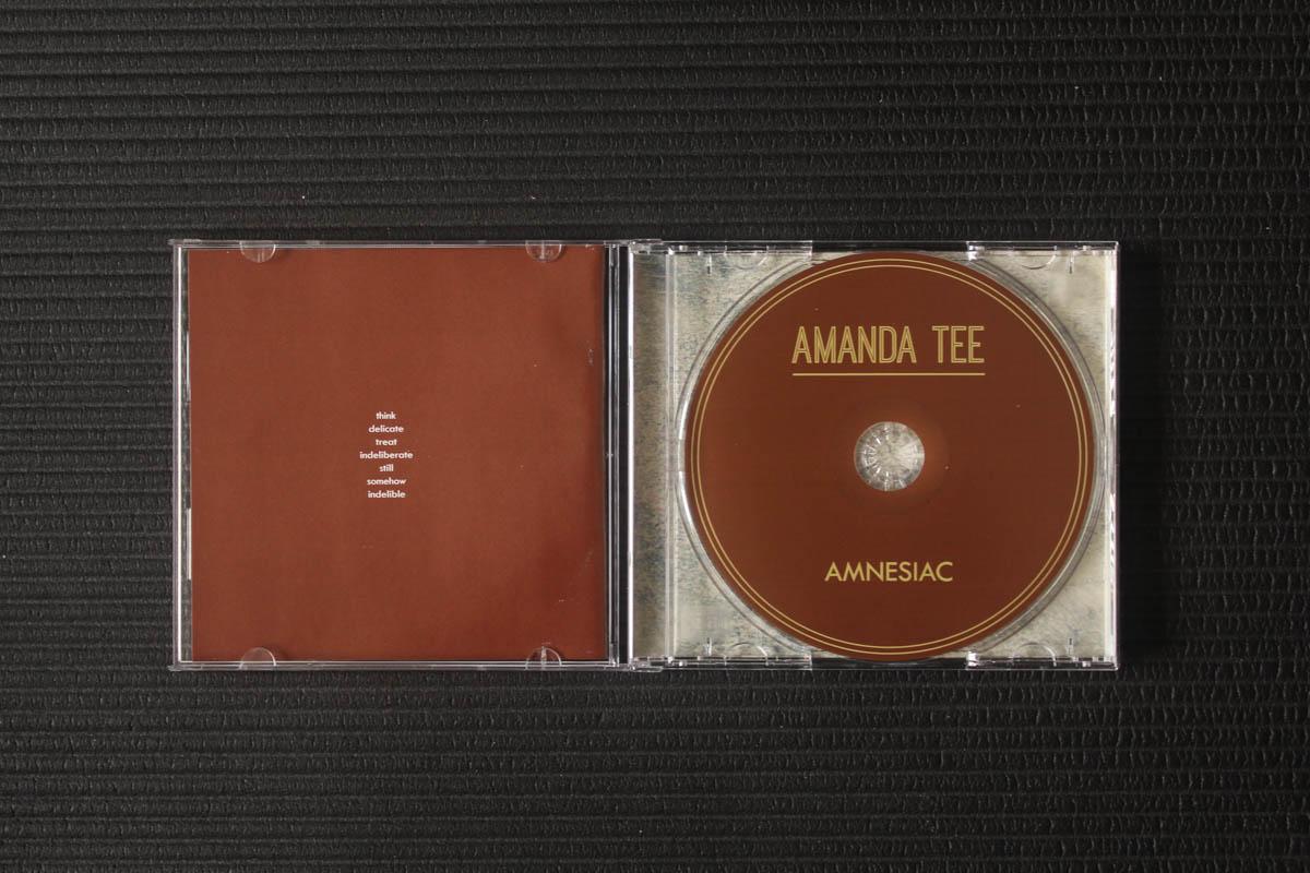 amanda-tee-amnesiac-cd-open